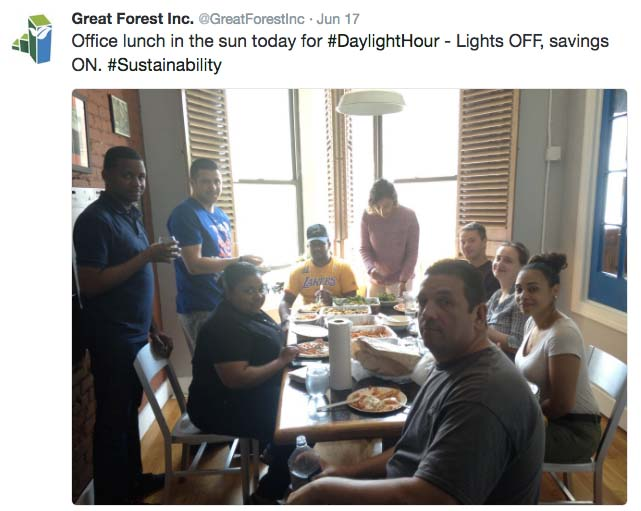 Daylight Hour lunch Twitter grab